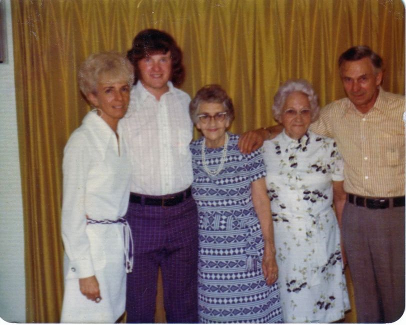 Mom, me, my great-grandmother and my grandparents