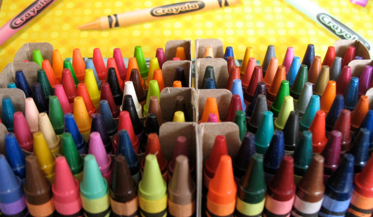 diversity and color of america a box of crayons (a box of crayons and paper for each student) students will be given the rest of class time to work on their drawings when there is five minutes left in class have the students put away their crayons in the boxes, write their names on the back of their drawings, and place them neatly on their desks.